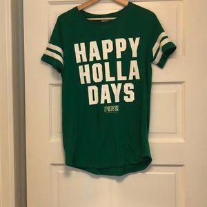 Size medium VS Pink holiday shirt.